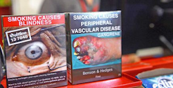 Experts back graphic warnings for smokers