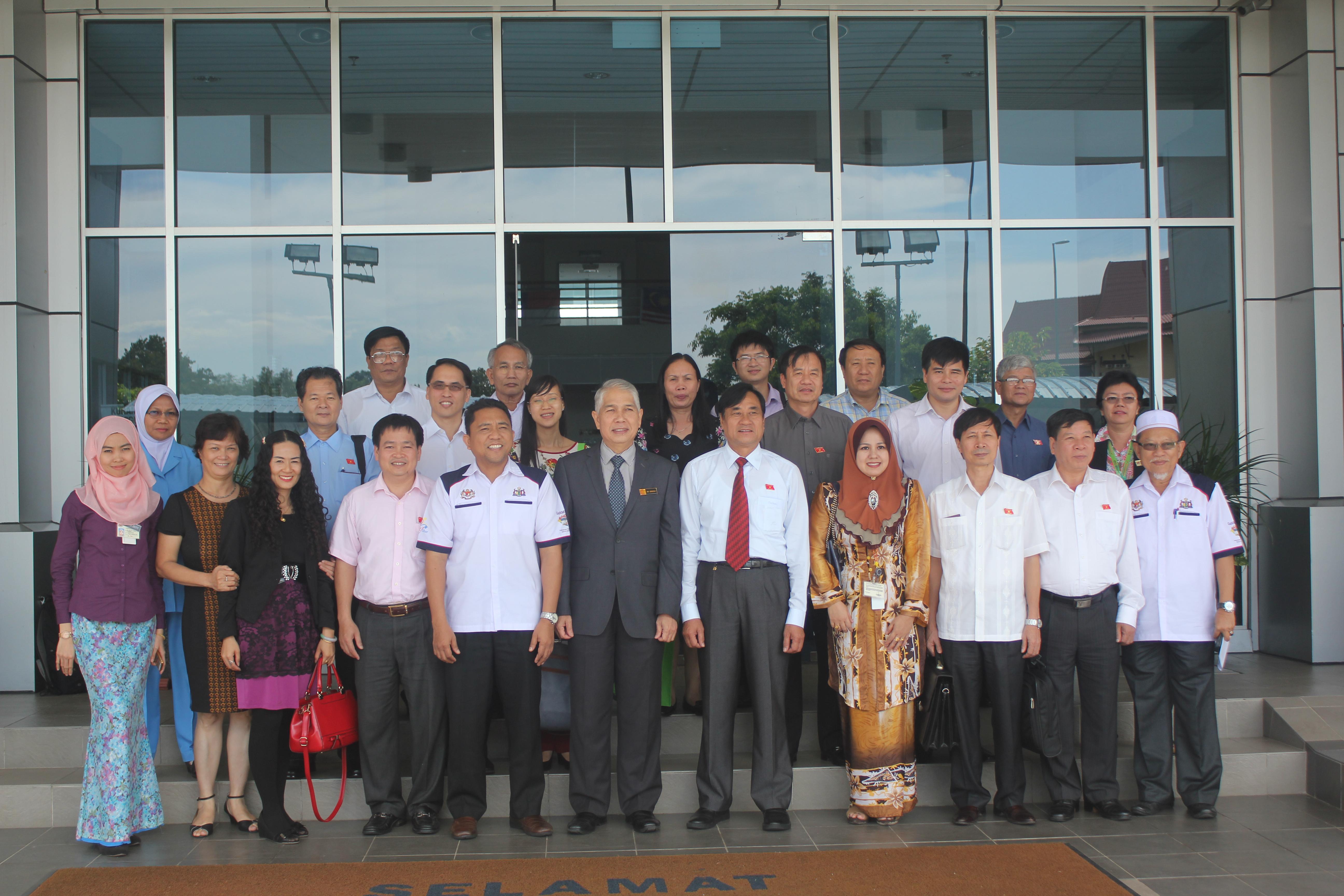 Group Photo_Melaka Departmet of Health_Vietnam Delegates